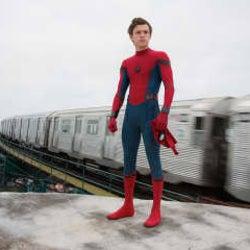 スパイダーマンのスピンオフ的作品が次々製作の予定