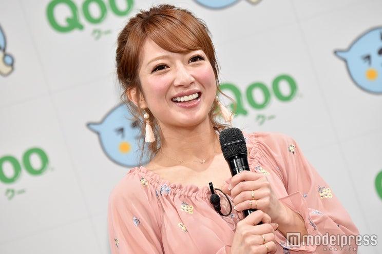 第4子妊娠中の辻希美、ふっくらお腹を披露