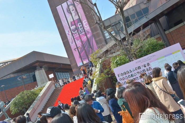 「神戸コレクション 2018 SPRING/SUMMER」外観(C)モデルプレス