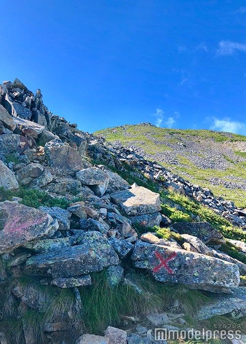 常念岳頂上が見えてきた(C)ビューティーガール