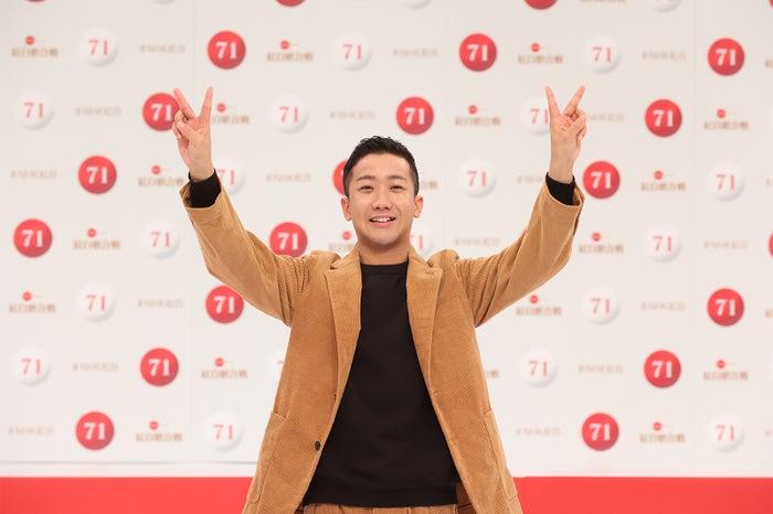 瑛人「第71回紅白歌合戦」出場歌手発表記者会見(C)NHK