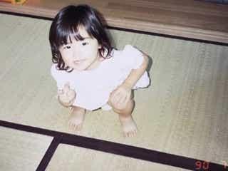 """Dream Ami、幼少期ショット公開 昭和生まれの""""誇り""""に反響「感動した」"""