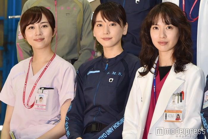 比嘉愛未、新垣結衣、戸田恵梨香 (C)モデルプレス<br>