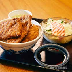 ボリュームたっぷり!サクサク美味しい福井名物ソースカツ丼(C)モデルプレス