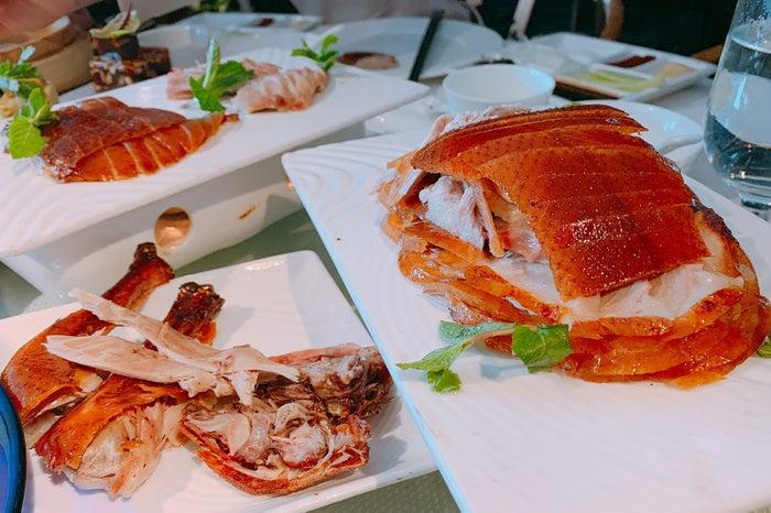 驚くほどパリパリな皮が美味しい本場の北京ダック(提供写真)