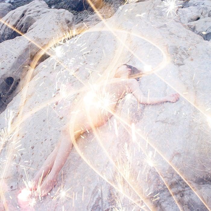 吉澤嘉代子3rdシングル「ミューズ」(6月13日発売)通常盤/安達祐実(提供写真)