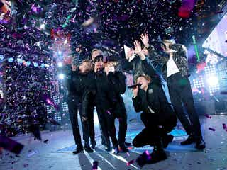 BTS、米最大の年越しイベントで世界を魅了 NYに韓国語の掛け声響く