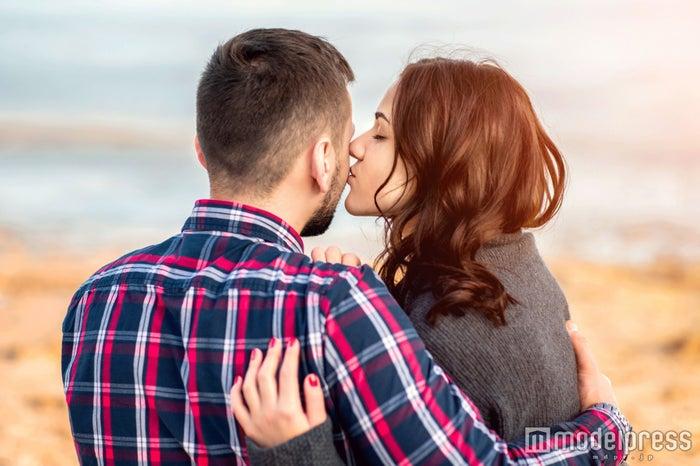 キス中にしたい胸キュンスキンシップほか【今週のコラムランキングTOP5】(photo by bedya/Fotolia)