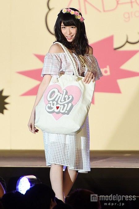 美デコルテ全開スタイルで初挑戦に挑んだAKB48・川本紗矢【モデルプレス】