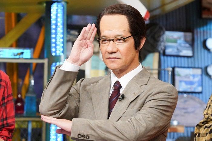 三津谷寛治(内村光良)(写真提供:日本テレビ)