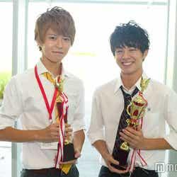 (左から)「高一ミスターコン」準グランプリ・林拓磨くん、グランプリ・宇佐卓真くん(C)モデルプレス