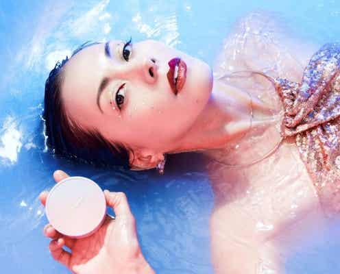 土屋アンナプロデュース、スキンケアブランド〈aniina me〉から、ファミリーユースタイプとトーンアップタイプ、2種類の紫外線ケアが登場。