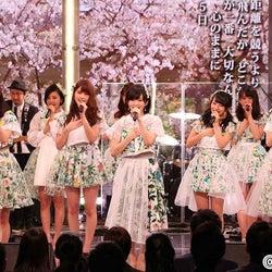 AKB48ら豪華アーティストがフジ入社式に集結 新入社員に応援メッセージ