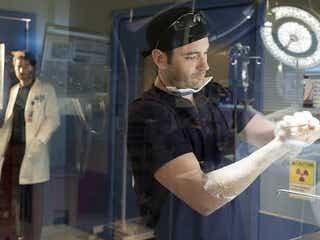 「患者を治す」の意味とは...『シカゴ・メッド』シーズン2、DVDリリース日が決定!