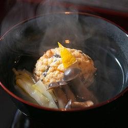 『賛否両論』の元料理人が独立!農家で育った店主の目利きと職人技が光る、日本料理店『レキシノイチブ』