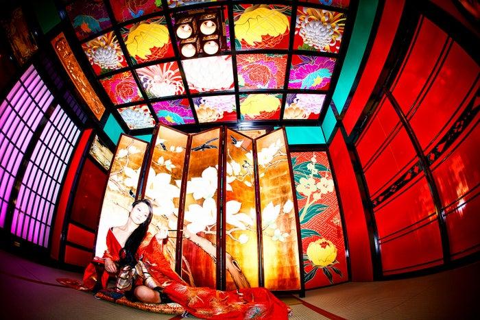 花魁姿に初挑戦した佐藤流司/アーティストブック 『月刊 佐藤流司×小林裕和』より
