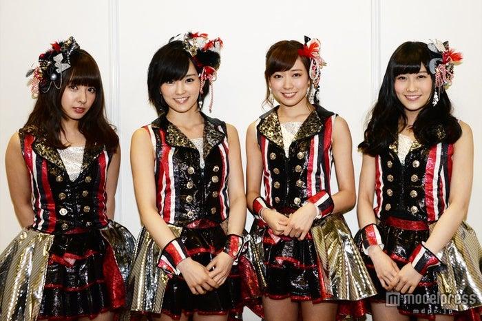 NMB48(左から:山田菜々、山本彩、渡辺美優紀、矢倉楓子)