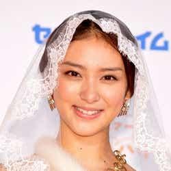 モデルプレス - 武井咲、優木まおみ、AKB48前田敦子ら、「美人・オブ・ザ・イヤー2011」に選出