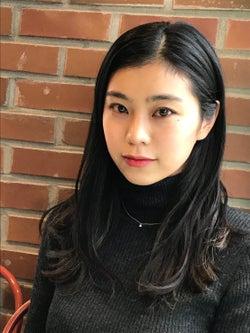テラハ出演・韓国在住の治田みずき、韓国で流行中のアクセサリーを紹介!