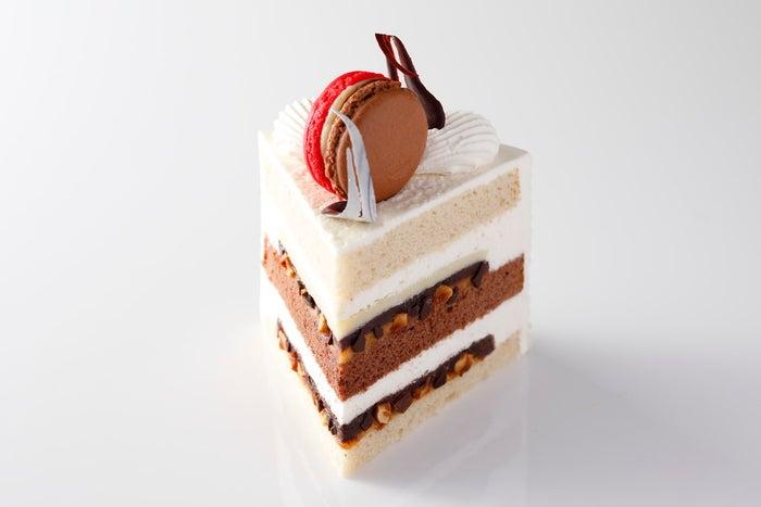 スーパースイーツビュッフェ2021~抹茶とメロンとチョコレート スイーツプレゼンテーション~/画像提供:ニュー・オータニ