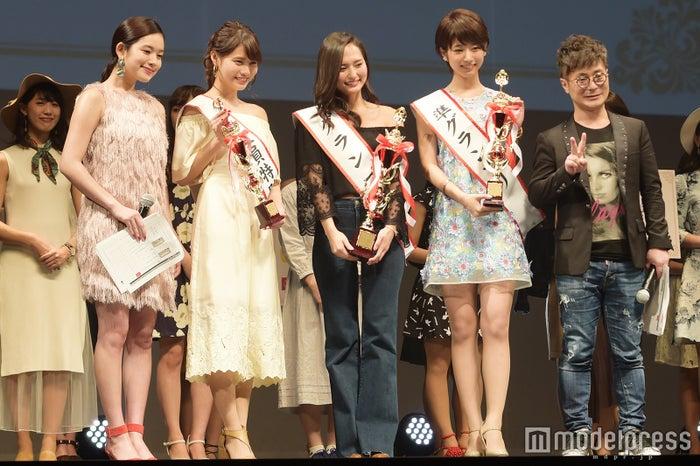 (左から)筧美和子、石田静香、山賀琴子さん、海老原優香さん、入江慎也(カラテカ)(C)モデルプレス