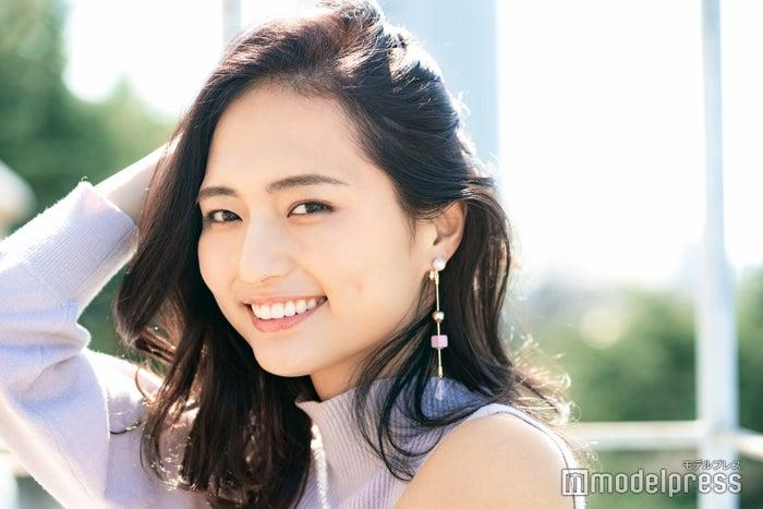 """山賀琴子「""""自分を好き""""な気持ちを大切に」 人を惹きつける""""美女論""""をインタビュー(C)モデルプレス"""