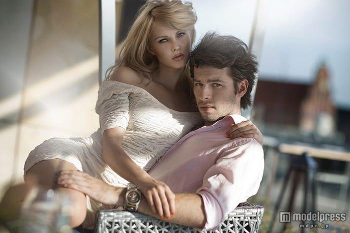 自分の魅力を磨くことで、いつまでもラブラブなカップルへ(Photo by conrado/shutterstock)