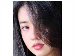 "Koki,、""美貌溢れる""ピンクメイク披露 姉・Cocomi撮影ショットに絶賛の声"