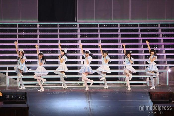 AKB48研究生ユニットが初パフォーマンス披露/(C)AKS