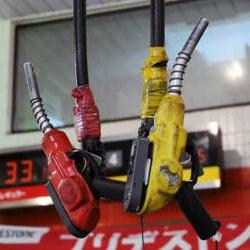 ガソリン価格、約1年ぶり高値 全国平均144円60銭