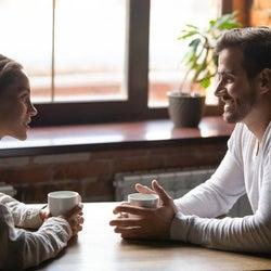 男性が「好きな女性」だけにする行動 どうしても気になっちゃう…