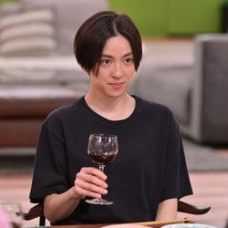 中村アン 「着飾る恋には理由があって」第9話より(C)TBS