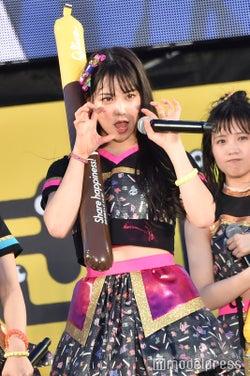 "NMB48白間美瑠、イベント中に見せた""自由奔放ぶり"" キュートな仕草まとめ"