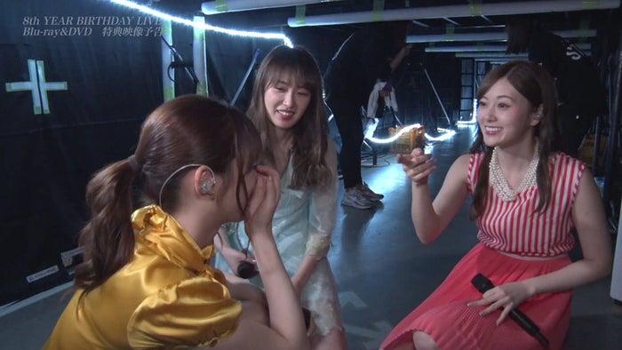 乃木坂46「Behind the scenes of Nogizaka46 8th year birthday live」予告編より(提供写真)