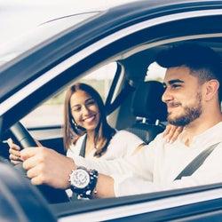 車内でキュン!男性がドライブデートで女子にされたいこと