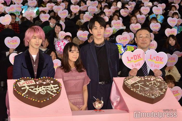 (左から)横浜流星、上白石萌音、杉野遥亮、川村泰祐監督(C)モデルプレス