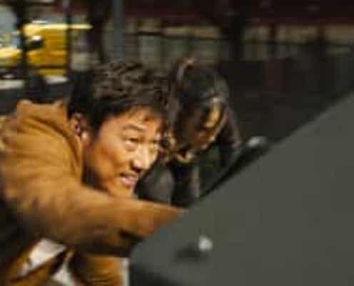 『ワイルド・スピード/ジェットブレイク』7年ぶりのカムバック!クールなハンがプロのファイターと大乱闘の本編映像解禁!!