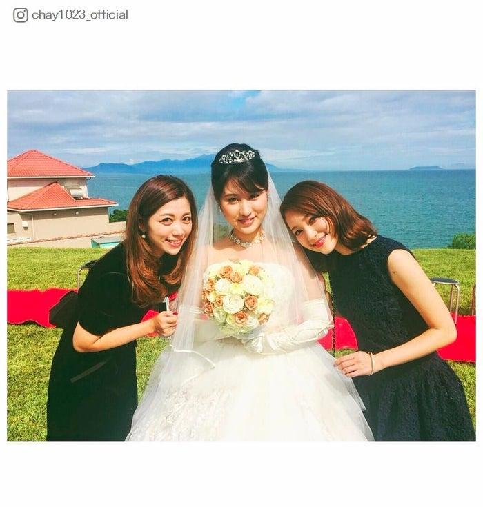 chayが公開した美人3姉妹ショット/chay Instagramより