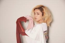 安室奈美恵が「大好き」宣言していたChara、引退発表にコメント