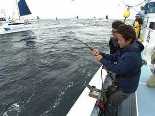 嵐・大野智、夢に挑戦 自身が操縦する船でマグロ釣り