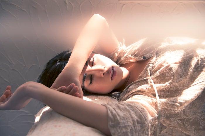 お疲れ顔から脱出!大人女子がはじめたいポイント3つ(photo by Shuji Kobayashi/GettyImages)
