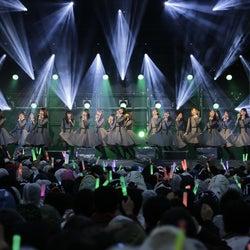 欅坂46「二人セゾン」など9曲で「最高のおもてなし」長蛇の列も