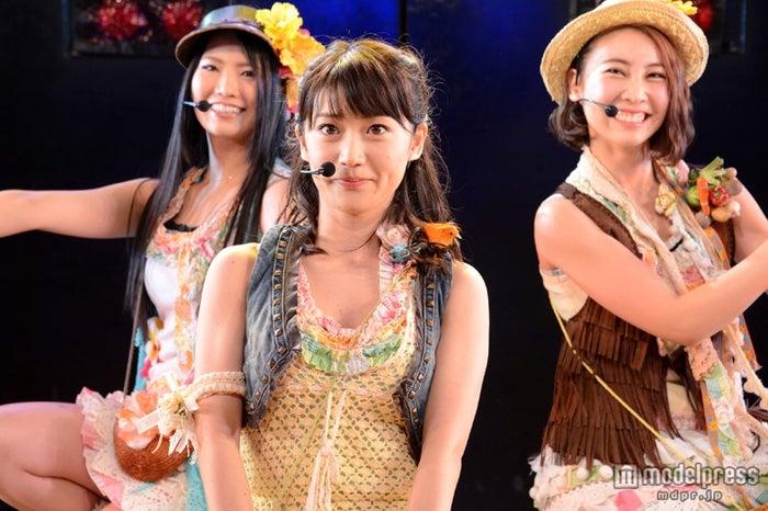 (左から)倉持、大島、近野