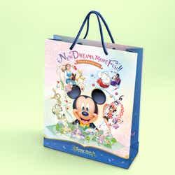 東京ディズニーランドホテルとディズニーアンバサダーホテルのペーパーバッグ (C)Disney