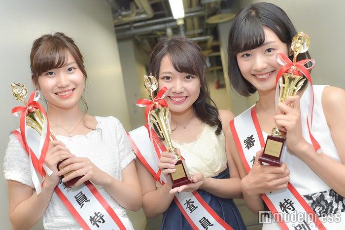(左から)杉山冬香さん、野崎優花さん、青柳真有さん(C)モデルプレス