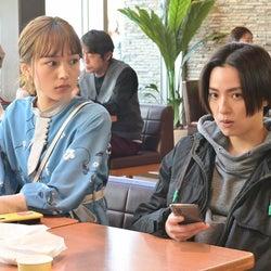 川口春奈、中村アン「着飾る恋には理由があって」第3話より(C)TBS