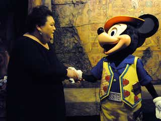 マツコ、ミッキーマウスと初対面「あの目で見つめられたら、もう何にも言えない」
