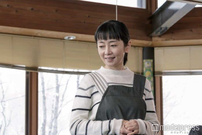 麻生祐未(C)2016「疾風ロンド」製作委員会