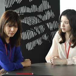 内田有紀、吉高由里子/「わたし、定時で帰ります。」より(C)TBS
