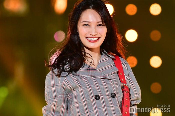 「東京ガールズコレクション 2018 AUTUMN/WINTER」に出演した大政絢(C)モデルプレス